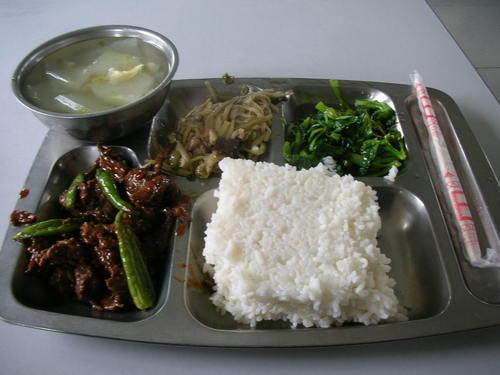 4/5 牛肉としし唐炒め